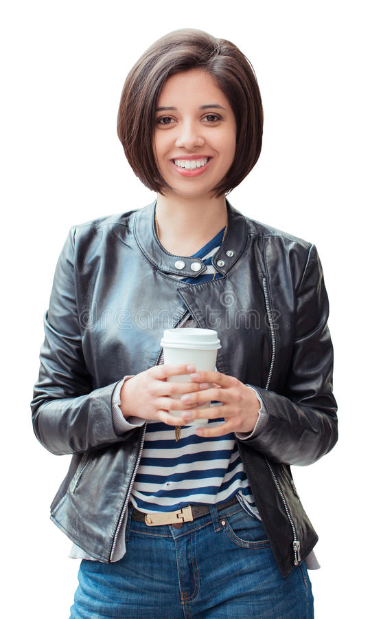 有拿着咖啡茶的短的深黑色头发突然移动的miling的年轻拉丁西班牙女孩妇女被隔绝在白色背景 库存图片