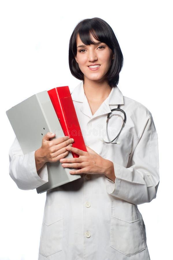 有文件夹的白种人医生 免版税库存图片