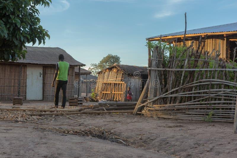 有日落的非洲乡村 安格斯 免版税库存图片