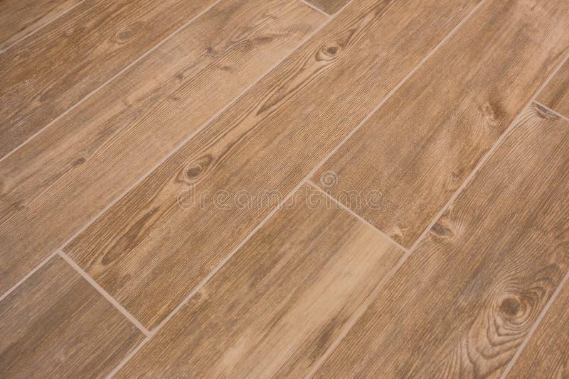 有木纹理的瓦片-铺磁砖的地板,木设计 库存图片