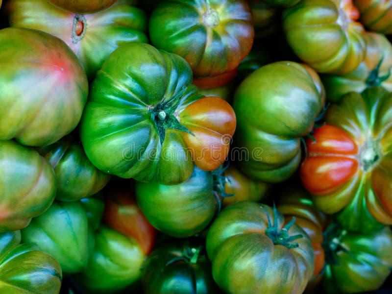 有机新鲜的红色牛排蕃茄 免版税库存图片