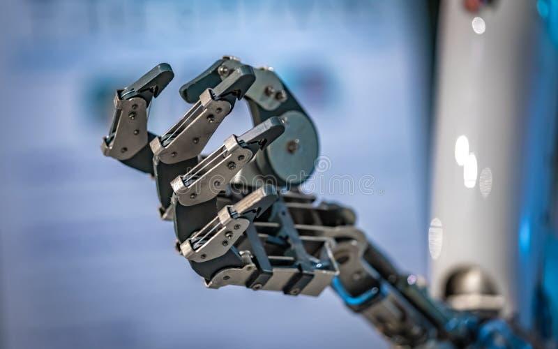 有机械挠性接合的产业机器人 库存照片