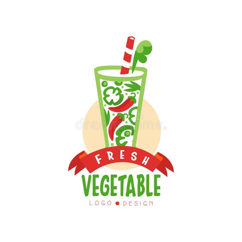 有机胡椒饮料的原始的传染媒介商标 在透明玻璃的鲜美维生素饮料 从新鲜蔬菜的汁液 库存例证
