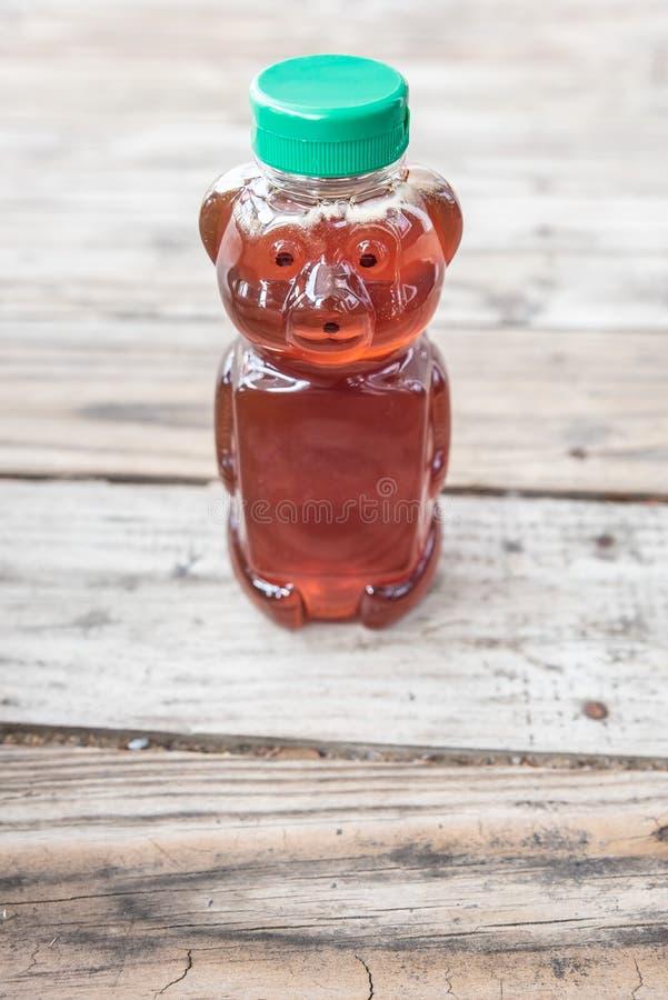 有机自然糖精,蜂蜜,在与室的坚实木背景拷贝的 免版税图库摄影