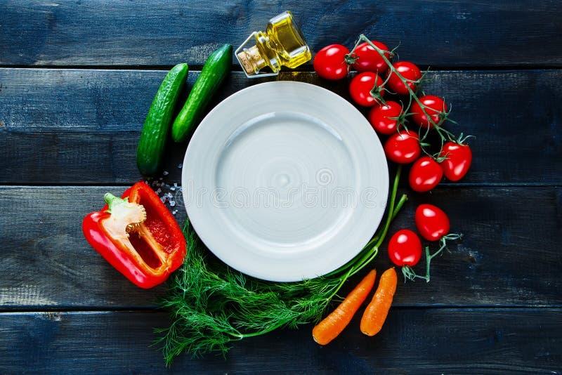 有机菜和调味料 免版税库存图片