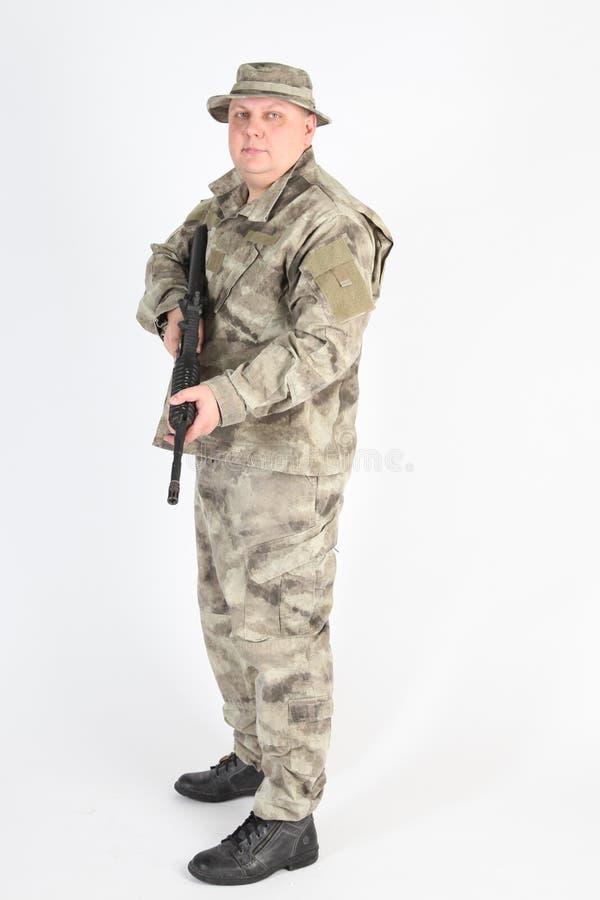 有枪的一位战士 库存图片