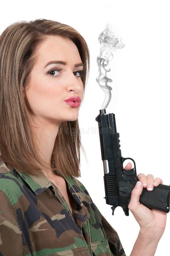 有枪的妇女 免版税库存照片