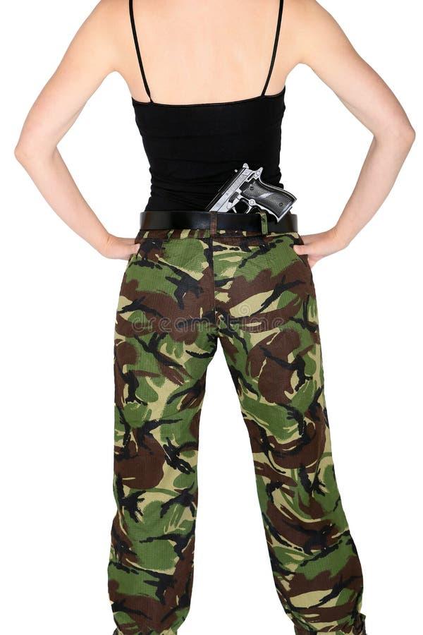 有枪的陆军女孩 库存图片