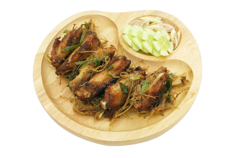 Download 有柠檬香茅的,泰国食物被油炸的鸡翼 库存照片. 图片 包括有 混乱, 厨师, 烹调, 快餐, 牌照, 深深 - 62525944
