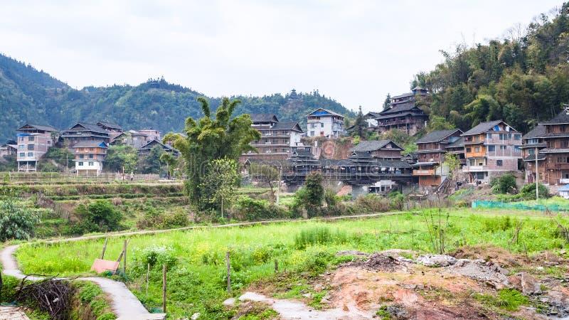 有桥梁的衡阳村庄从后院 库存照片