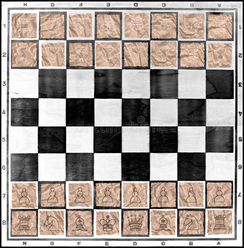 有棋的棋盘在包装的纸张计算  免版税库存照片