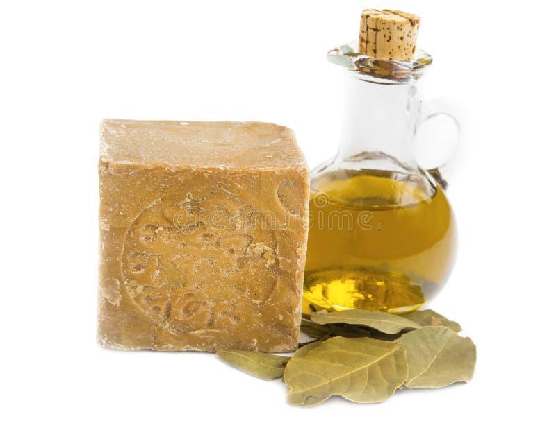 有橄榄油和海湾叶子的Alep肥皂 免版税库存图片