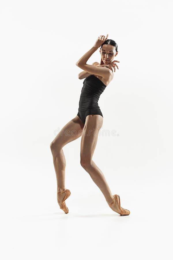 有氧运动健身在充分的身体隔绝的妇女行使 库存图片