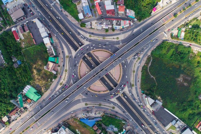 有汽车的运输圆连接点交通路 图库摄影