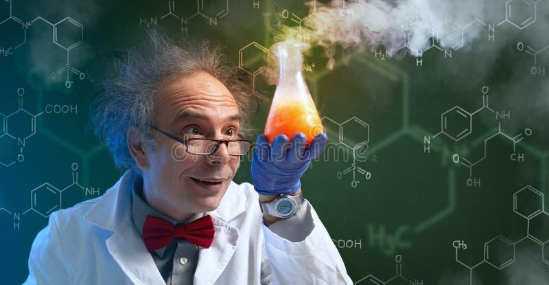有治疗的疯狂的化学家 库存照片