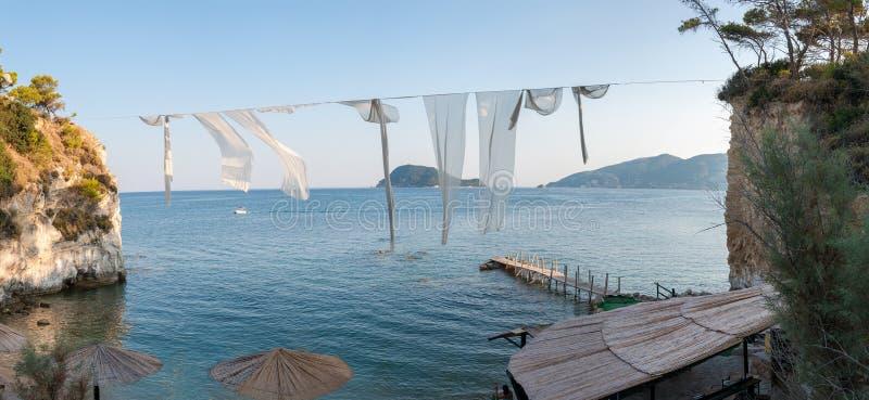 有浮雕的贝壳海岛, Zakynhtos,希腊全景  免版税图库摄影