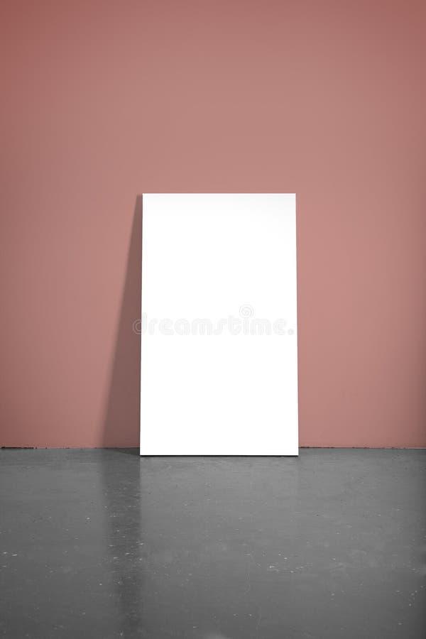 有海报的红色墙壁 免版税库存图片
