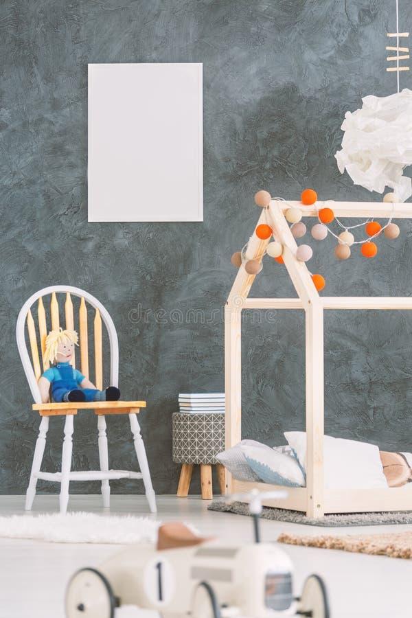 有海报的婴孩室 免版税库存图片