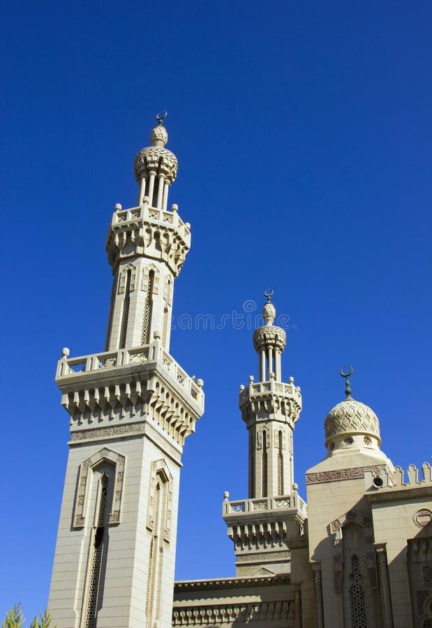 有清楚的蓝天的清真寺 免版税库存图片