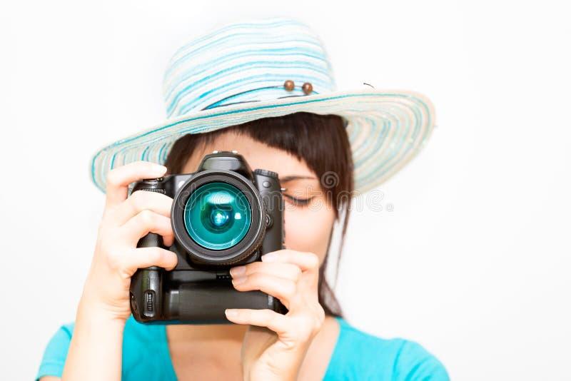 有照相机的妇女摄影师 免版税图库摄影