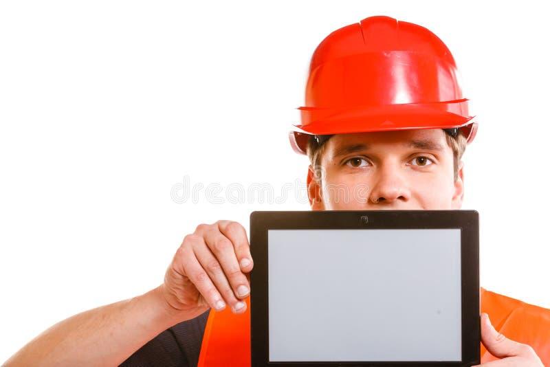 有片剂的男性工作者 免版税库存照片