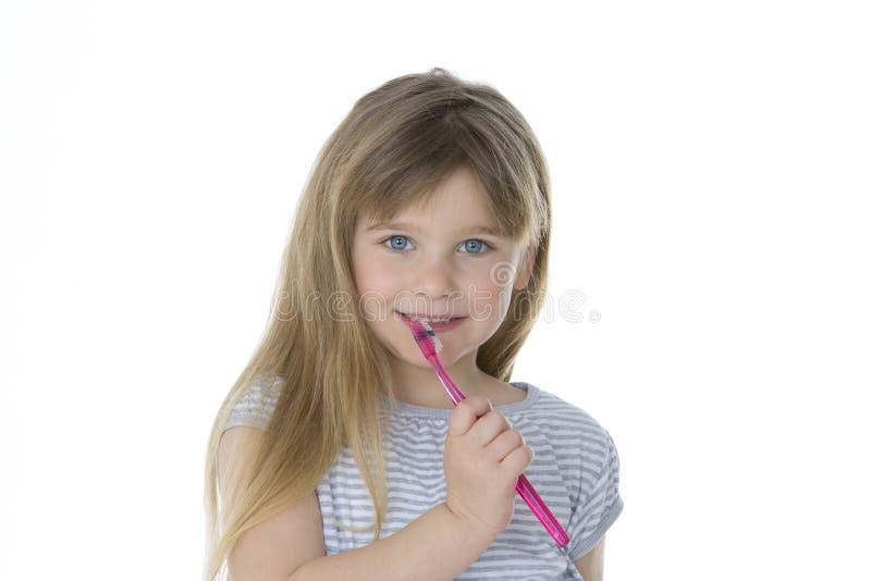 有牙刷的孩子 免版税库存照片
