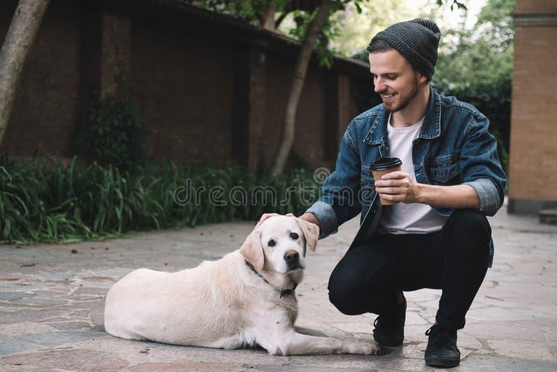 外国女人与狗做爱_有狗的一个人