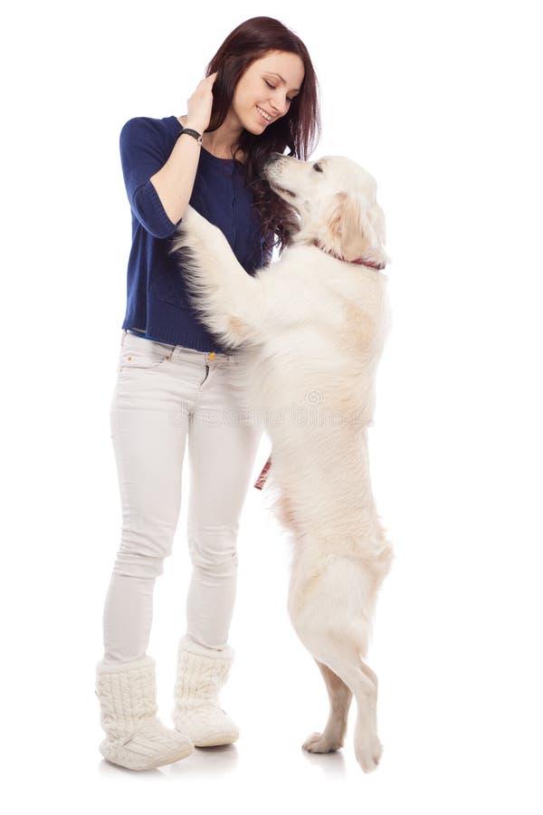 Download 有狗的美丽的少妇 库存照片. 图片 包括有 女性, 成人, 头发, 金黄, 女孩, 关心, 快乐, 幸福 - 30335942