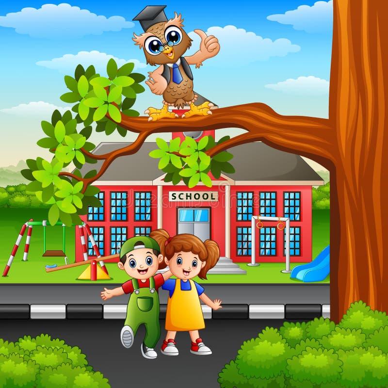 有猫头鹰的愉快的孩子在街道树枝 向量例证