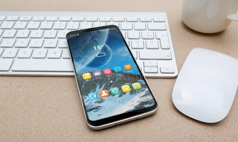 有现代手机大模型的工作场所 库存例证
