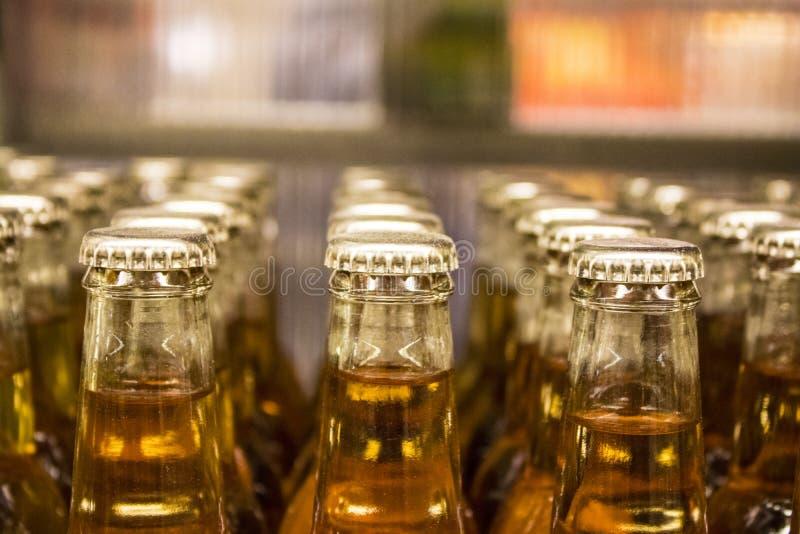 有瓶盖的瓶 免版税库存照片