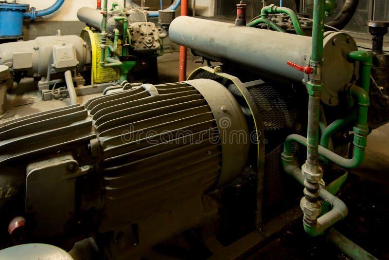 有电动机的几个水泵 库存照片