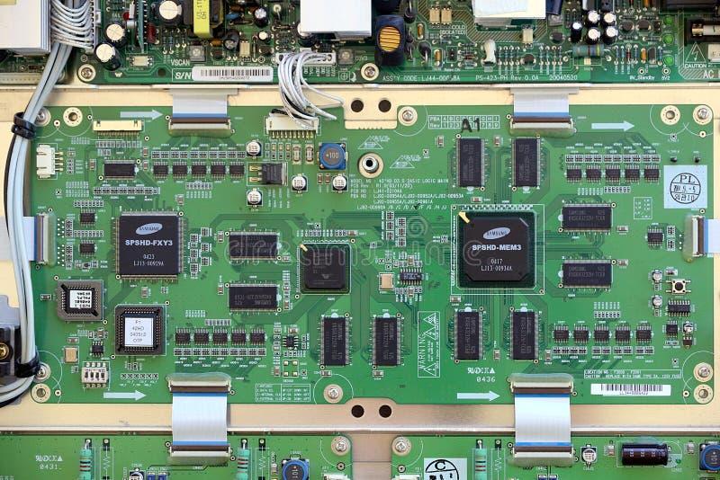 有电子零件的电脑板 免版税库存图片