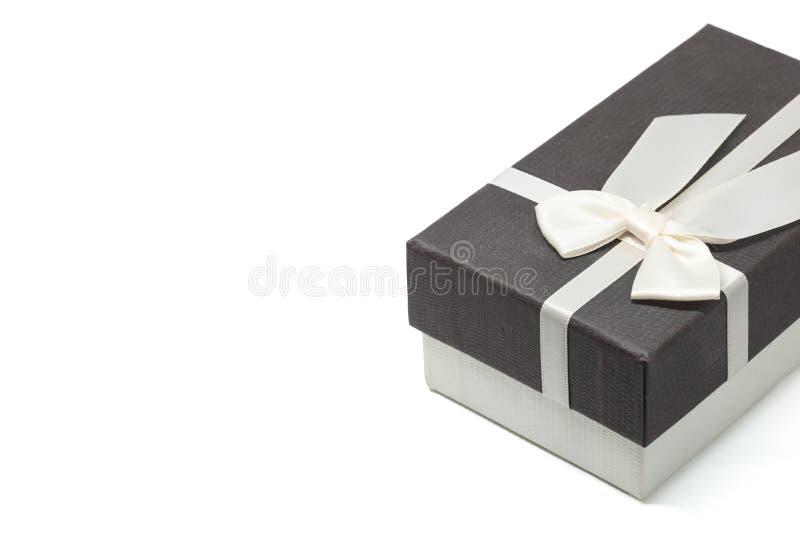 有白色丝带弓的礼物盒 免版税库存照片