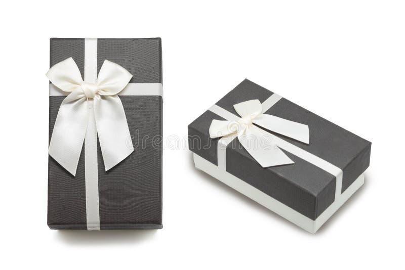 有白色丝带弓的礼物盒 库存图片