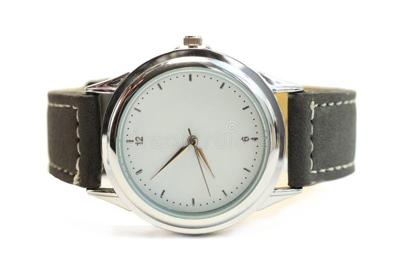 有白色屏幕镀铬物边缘的手表与黑皮带孤立 库存图片