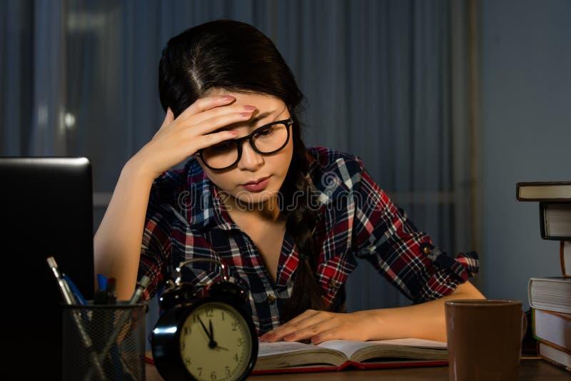 有的学生可怕的头疼 库存图片
