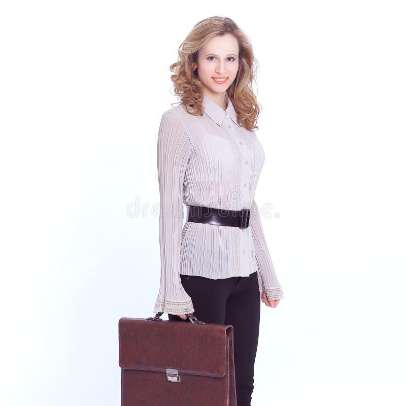有皮革公文包的确信的女商人 查出在白色 免版税图库摄影