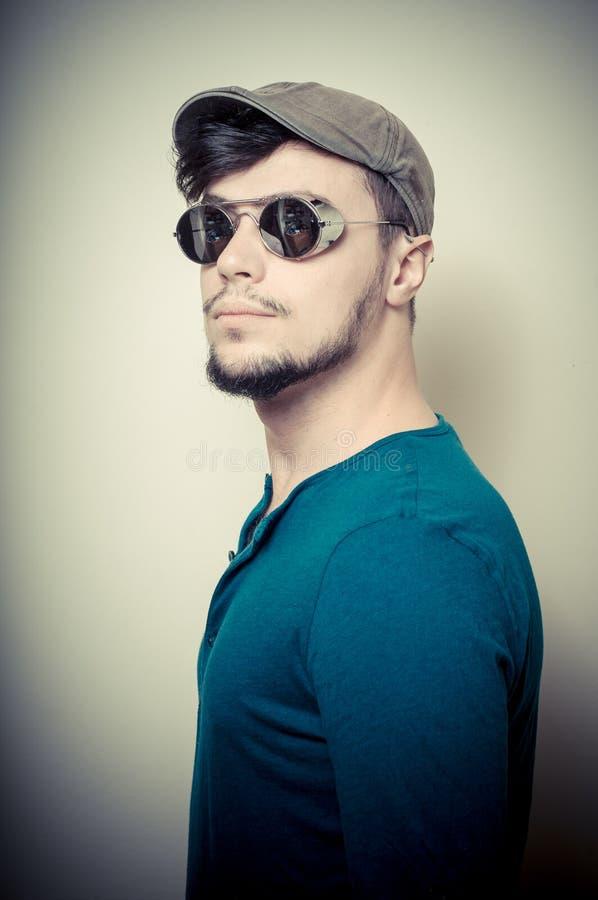 2013 成人, 有吸引力的, 蓝色, 盖帽, 冷静, 方式, 时兴, 人, 发型图片