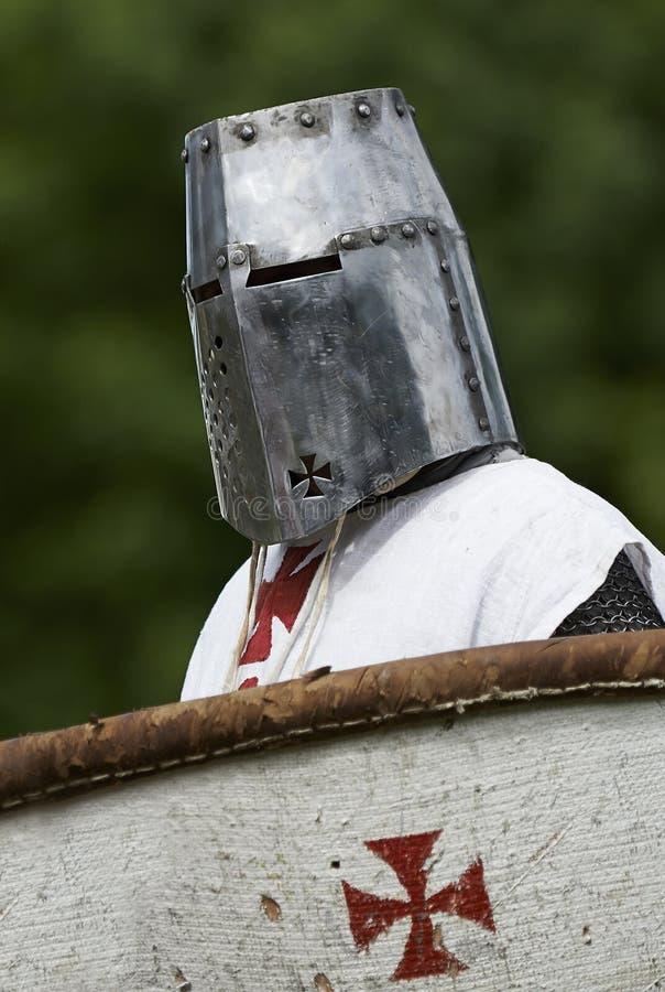 有盾的中世纪骑士 库存图片