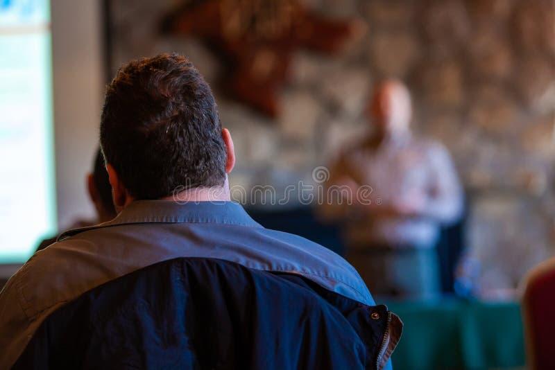 有短发的人是在会议 库存照片