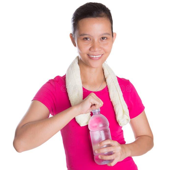 有矿泉水的VI女性亚洲人 免版税库存图片