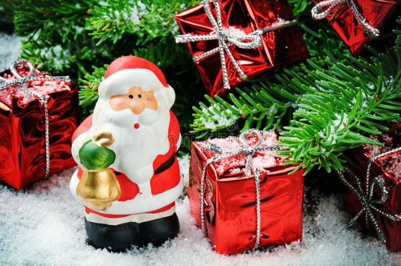 有礼品的圣诞老人 图库摄影