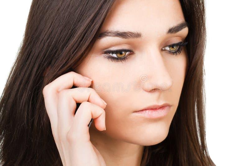 有移动电话的美丽的女孩 免版税图库摄影