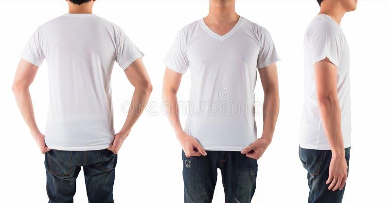 有空白的白色衬衣的年轻人隔绝了白色背景 免版税库存图片