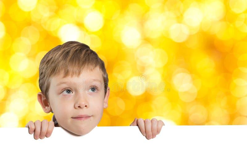 有空的空间的小男孩 免版税库存图片