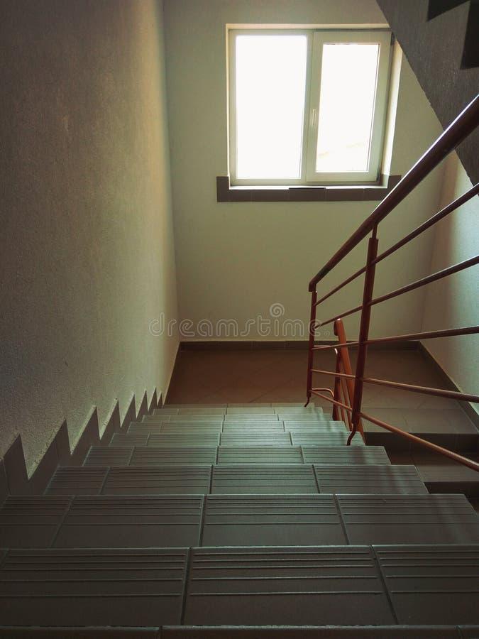 有窗口的台阶 免版税库存图片