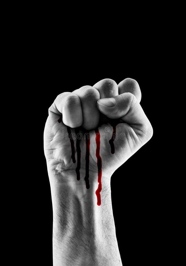 有红色血液的被举的手陈列拳头 免版税库存照片