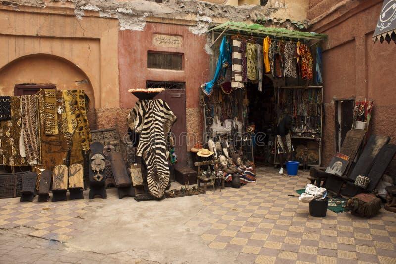 有纪念品的商店在马拉喀什 库存图片