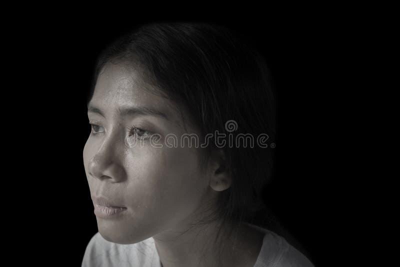 有绝望表示的孤独的妇女 库存照片